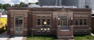 Traer Public Library