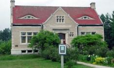 Abbie Greenleaf Library
