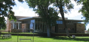 Estancia Public Library