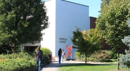 Adelphi University Libraries