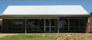 Lucindale School Community Library