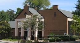 Sampson-Clinton Public Library