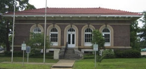 Robertson County Carnegie Library