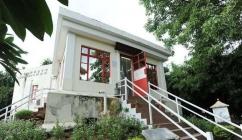 Wong Ieng Kuan Library in Dr. Sun-Yat Sen Municipal Park