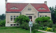 Abbie Greenleaf Library