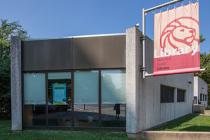 Spuyten Duyvil Library