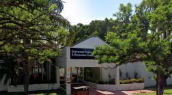 Bayswater Public Library