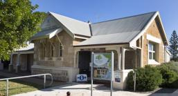 Dongara Public Library