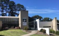 Wheelers Hill Branch Library