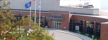 University of Wisconsin -- Manitowoc Library