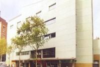 Les Corts -- Biblioteca Les Corts - Miquel Llongueras de Barcelona