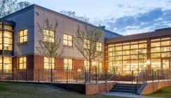 Longwood Public Library