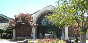 Pleasanton Public Library