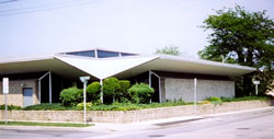 Wantagh Public Library