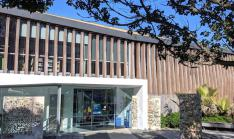 Birkenhead Library