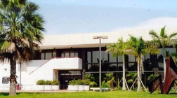 West Dade Regional Library