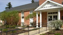 Clarendon Hills Public Library