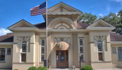 Lavonia-Carnegie Library